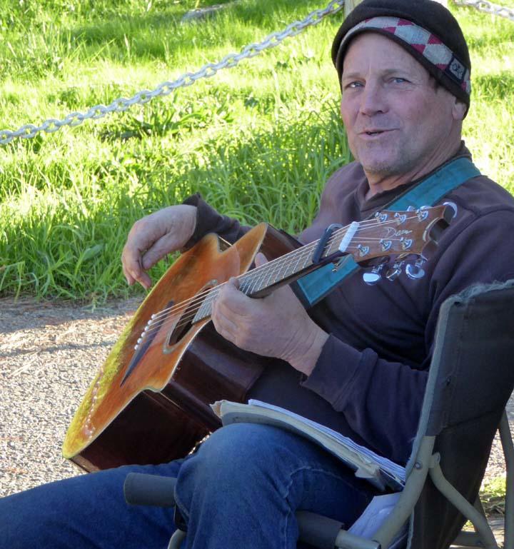 Ramblin' Musician Visits